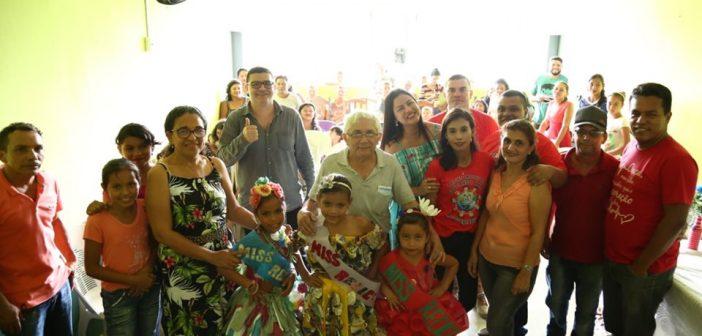 Prefeito Zezinho Costa participou da culminância de projeto ambiental na escola da comunidade do Caranã