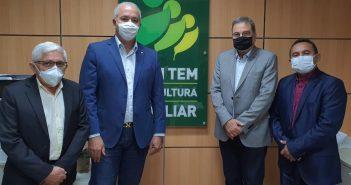 Prefeito e vice-prefeito de Tracuateua, Zezinho Costa e Patola estiveram em Brasília em busca de recursos